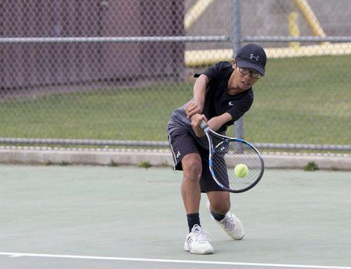 BREAKING: Boys tennis kicks off, eyes Valley Championship