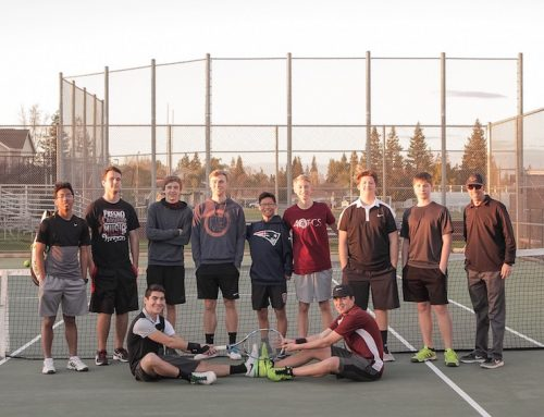 Tennis team honors 8 players on senior night
