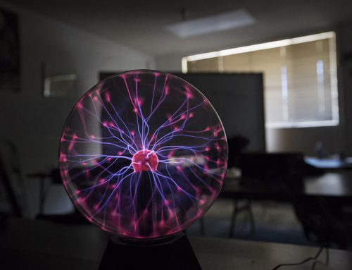 Physics teacher uses demonstrations to engage students