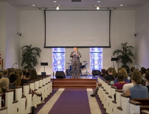 Mark Whitacre charges students to lead lives of significance
