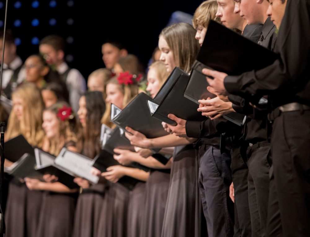 Campus choirs participate in candlelit service