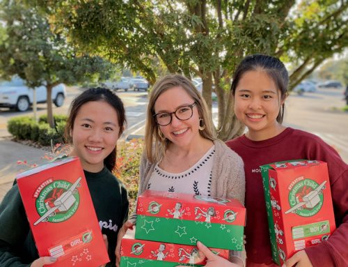 International students serve through packaging gifts