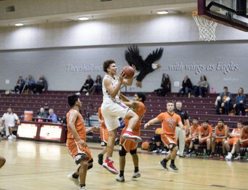 Boys basketball prepares for season through extra practice, bonding