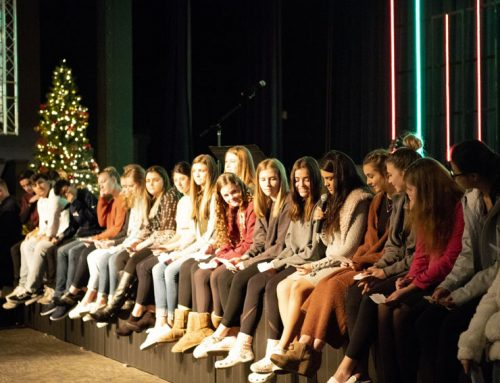 Senior Christmas chapel