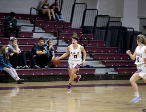Hannah Villines uplifts basketball team, leads varsity players