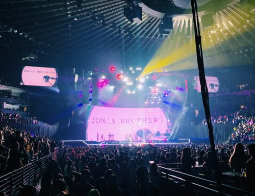 Jonas Brothers take the stage after six year hiatus with Happiness Begins Tour