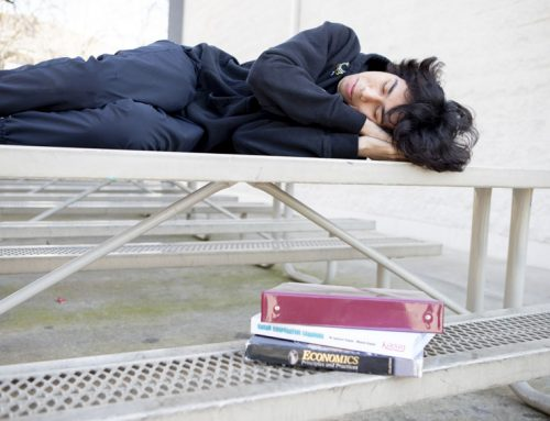 Scientist raises sleep awareness, students struggle to maintain rest pattern